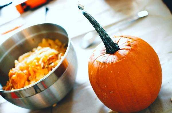 Make Roasted Pumpkin Seeds (4 Ways!)